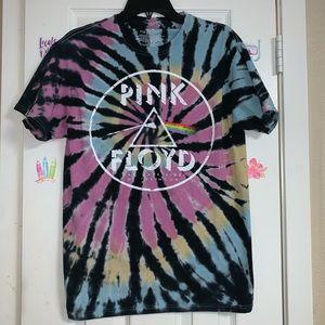Pink Floyd shirt